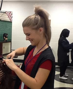 Cosmetology < College of the Sequoias