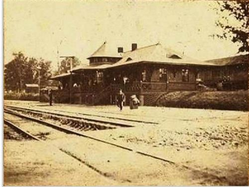 Old Pointe Depot